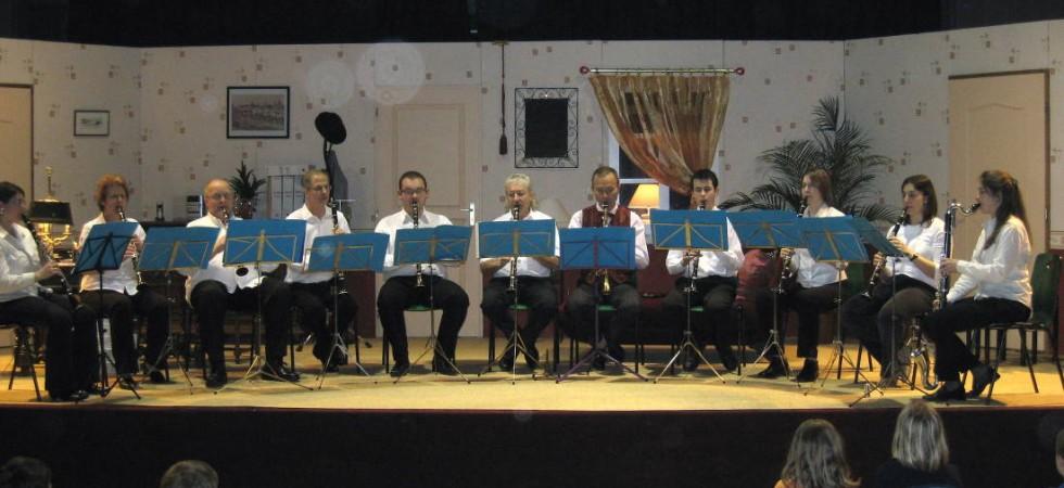 Ensemble-Clarinettes-15-Ornans-le-8-mars-2008bis-980x450